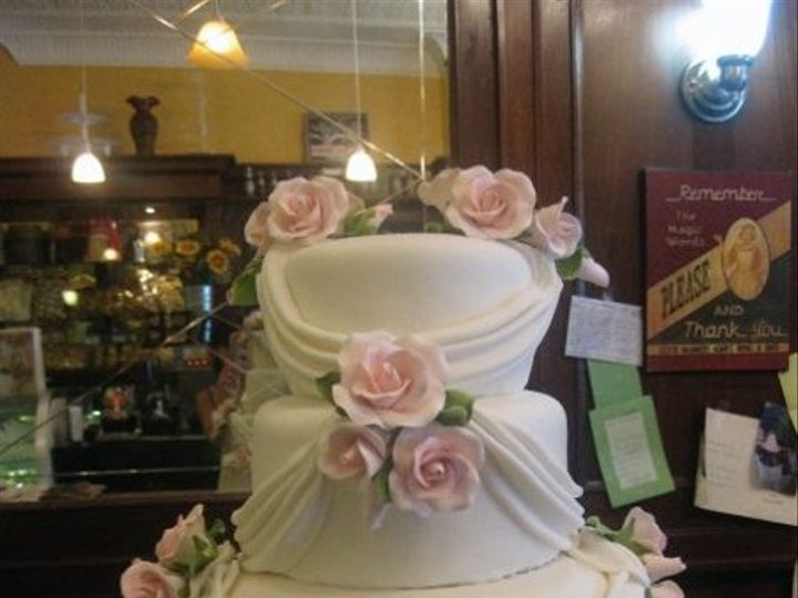 Tmx 1276206946421 56922158892552468689852467847387764954n Bronx wedding cake