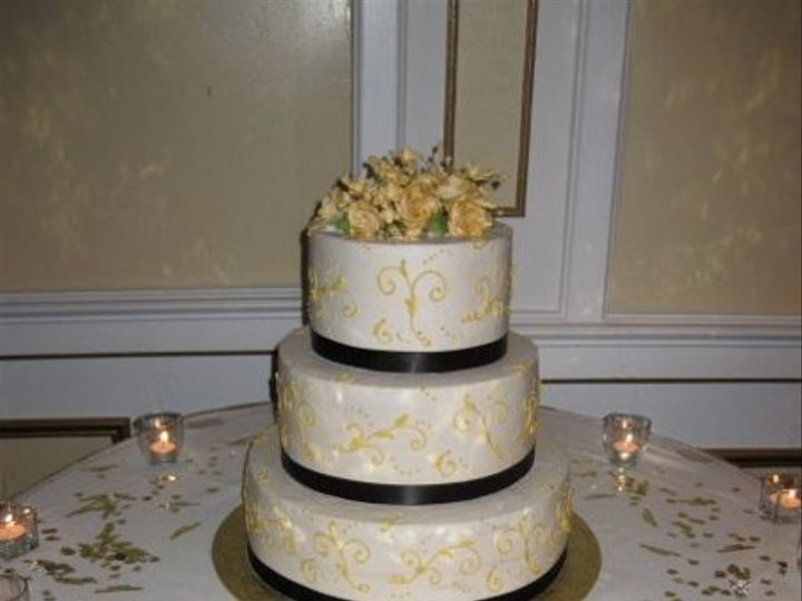 Tmx 1279835220686 Goldenscrollstable Bronx wedding cake