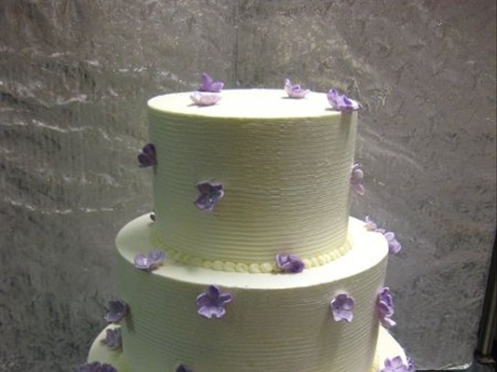 Tmx 1279835400999 Smallpurpleflowers Bronx wedding cake