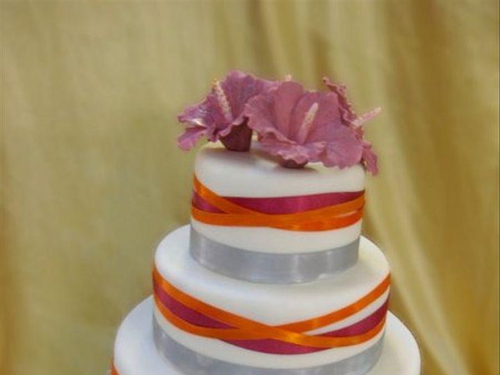 Tmx 1284423819205 Crisscrossedribbon Bronx wedding cake
