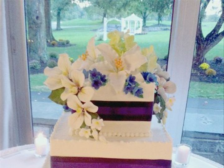 Tmx 1287700220357 BlueSplitRockWedding Bronx wedding cake