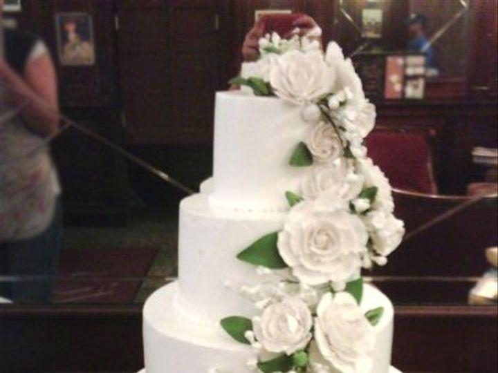 Tmx 1287700230545 Elegantwhitecascadingflowers Bronx wedding cake