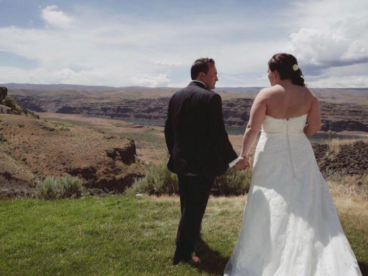 Tmx 1516598826 F2bbc3b305723f82 1516598825 C783a722fc6ca408 1516598821820 34 2016 06 10 Sara   Kirkland, WA wedding videography