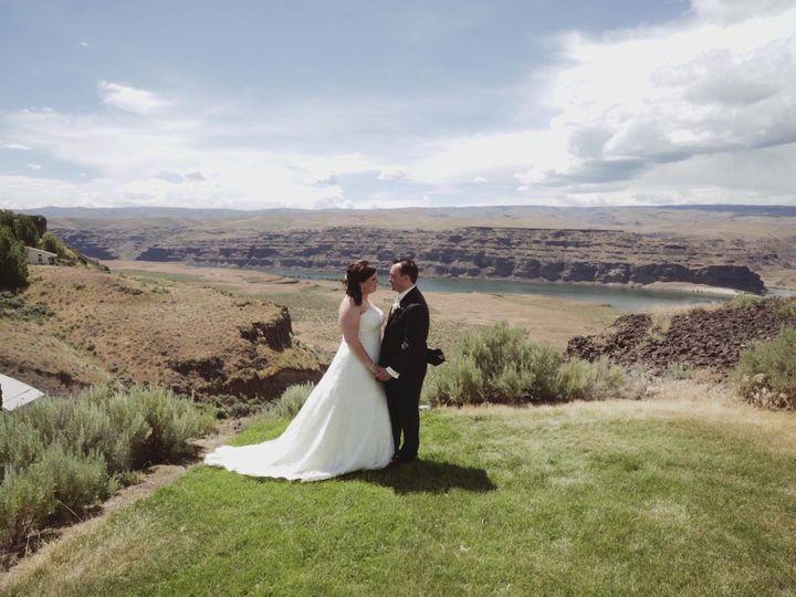 Tmx 1516598901 524704c2be654743 1516598899 6c7c766adfb7ff82 1516598895825 36 2016 06 10 Sara   Kirkland, WA wedding videography