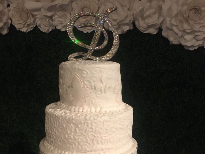 Tmx 1515348000 B9599fb08be622b6 1470016750642 Image Richmond, TX wedding cake
