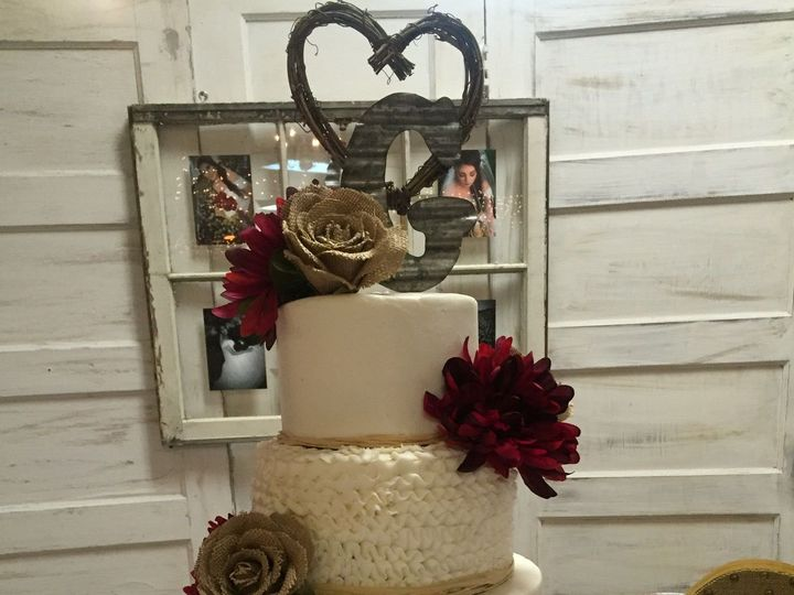 Tmx 1515348090 57d00133dd8968d1 1489016495530 Img1889 Richmond, TX wedding cake