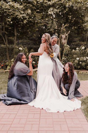 Bridal Party - Outdoor Wedding
