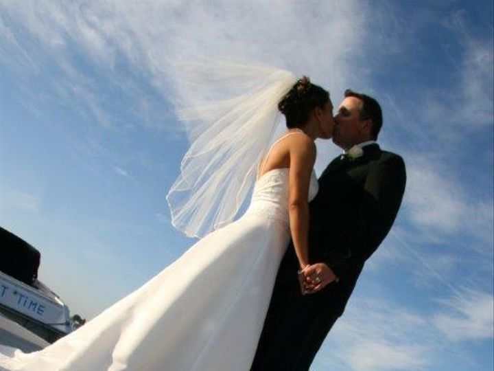 Tmx Bride And Groom On Dock W Flower 51 23110 157747575751690 Boston wedding venue