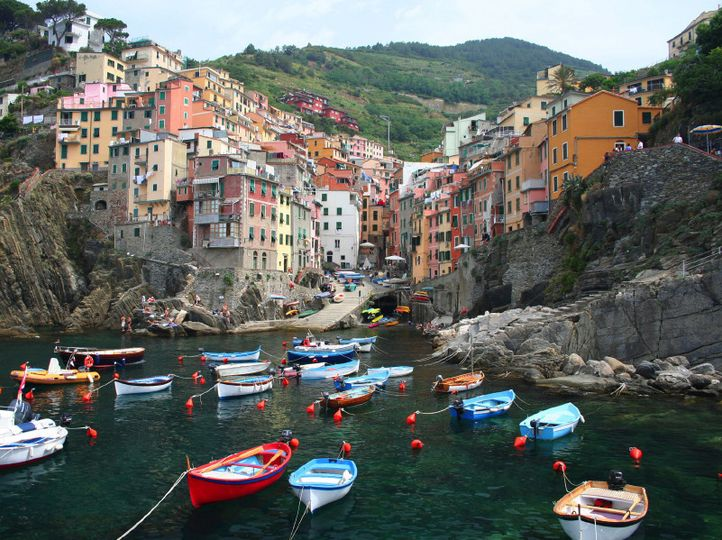 istock000006074257small village of riomaggiore cin