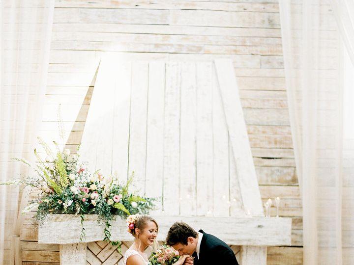 Tmx 1505943716 43aa69489d4ff25f 1503522680475 Ramblecreekstyledshoot2017 215 Athens, TN wedding venue