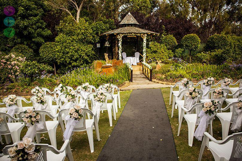 perth wedding photography meg troy bridgeleigh est