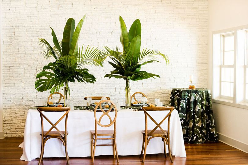 Intimate Tropical Dinner
