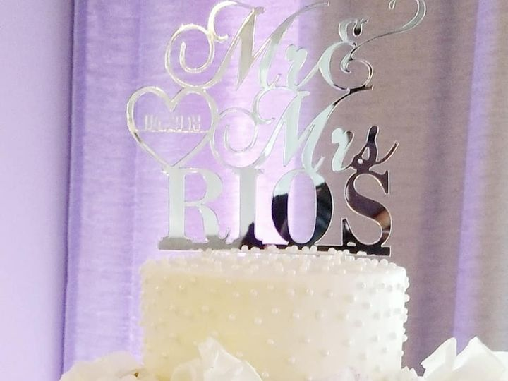 Tmx 30171675 1700000390035970 2901463160263917029 O 51 600210 160192849055860 Scotts Valley wedding cake