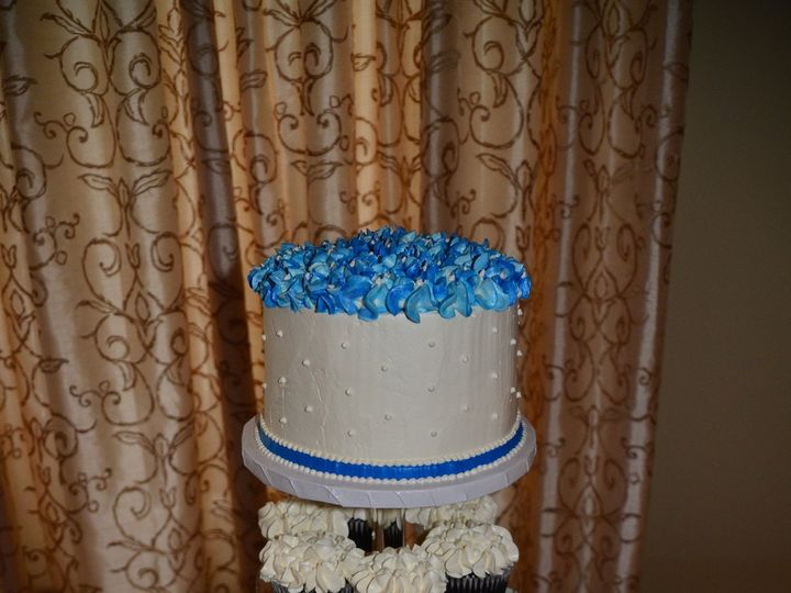 Tmx 1484575817760 Sjv0115 Madbury, NH wedding cake