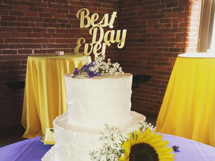 Tmx 1484576114675 Sunflower Madbury, NH wedding cake