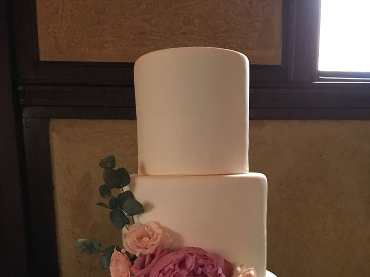 Tmx 1484670561058 Tall Madbury, NH wedding cake