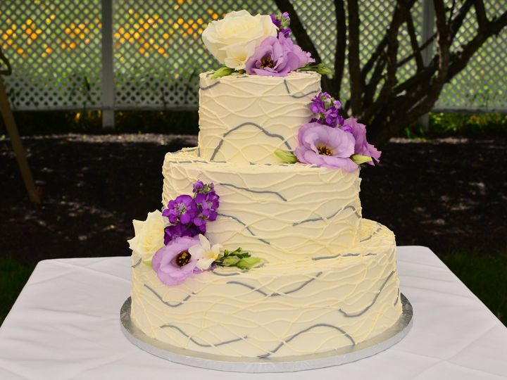 Tmx 1484671643025 Sjv8500 Madbury, NH wedding cake