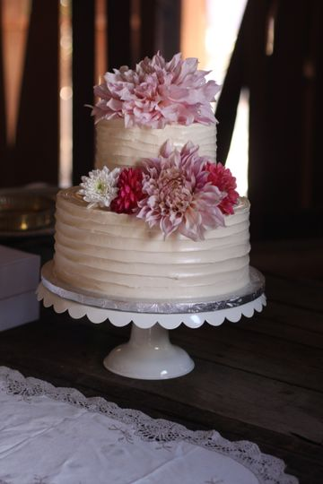 just baked cake studio bakery reviews ratings wedding cake california santa barbara. Black Bedroom Furniture Sets. Home Design Ideas
