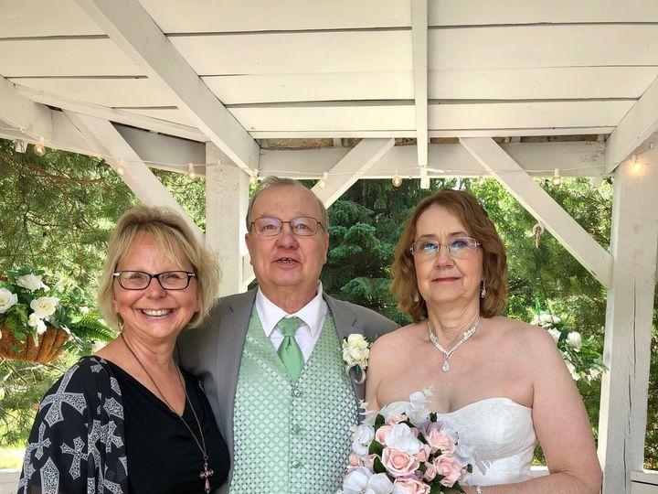 Tmx Img 7668 51 641210 159767707343051 Milwaukee, WI wedding officiant
