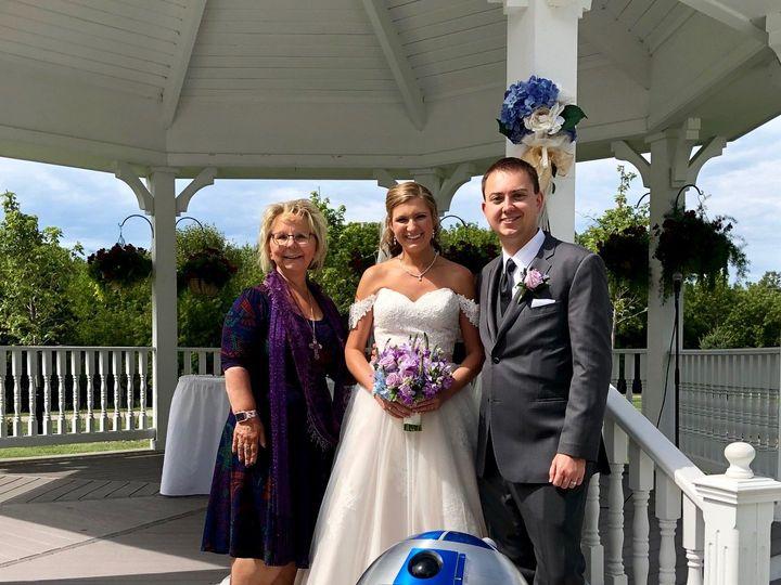 Tmx Img 8489 51 641210 159767709563163 Milwaukee, WI wedding officiant