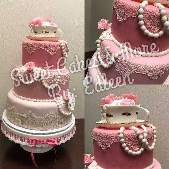 f934ef650e4c02cf 1536029960 b27a1c3296df239a 1536040666512 1 cake 1