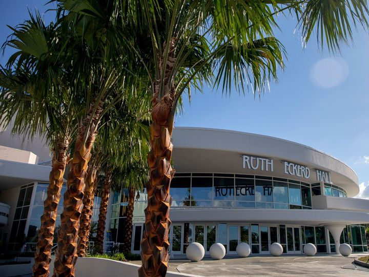Tmx New Entrance With Palm Trees And A Really Long View 51 78210 158705166712998 Clearwater, Florida wedding venue