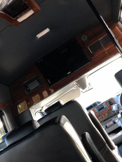 13 passenger interior