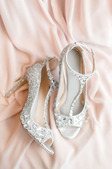 Bridal shoes by Fargo + Fergus Falls wedding photographer Two Birds Photography -  Brittany Walsh