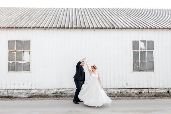 Wahpeton, Minnesota wedding by Fargo + Fergus Falls wedding photographer Two Birds Photography -...