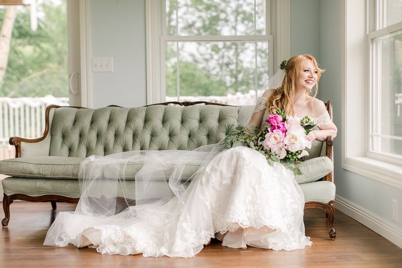 Rainy day bride portraits