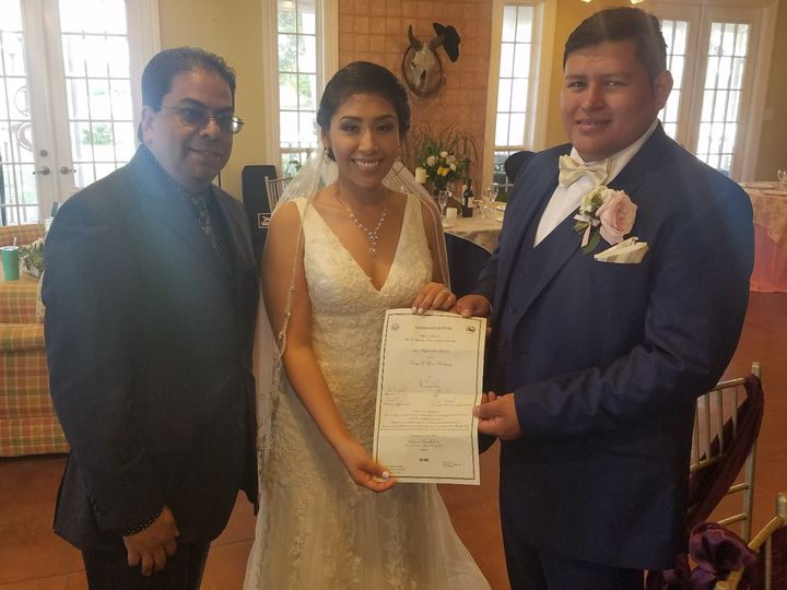 Tmx 20190427 1752491 51 1004310 158304517237505 Houston wedding officiant
