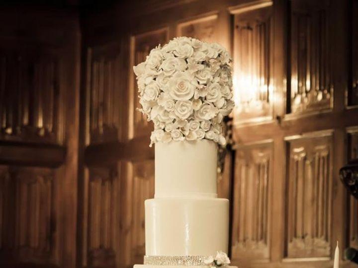 Tmx 1390003451071 Cake With Cascade Of Handmade Flower Lexington wedding cake