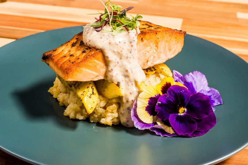 salmon with mustard dill sauce 3 51 27310 160200016553811