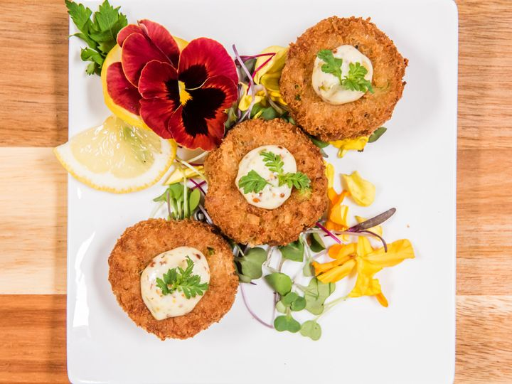 Tmx Mini Crabcakes With Herb Remoulade 2 51 27310 160200014492294 San Diego, CA wedding catering