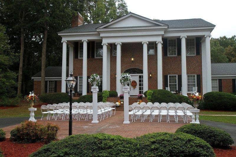 Swan Manor