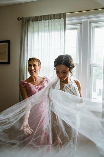 Summer Bride, Natural makeup