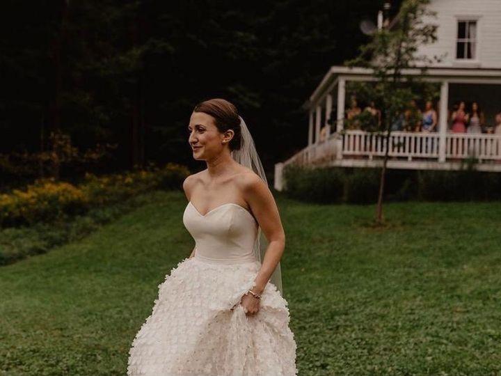Tmx Handsomehollow3 51 740410 160711213912525 Goshen, New York wedding beauty