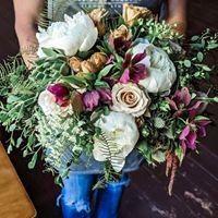 Tmx 62068132 461259294630321 4435719443078709248 O 51 1005410 158263062274906 North Conway, NH wedding florist
