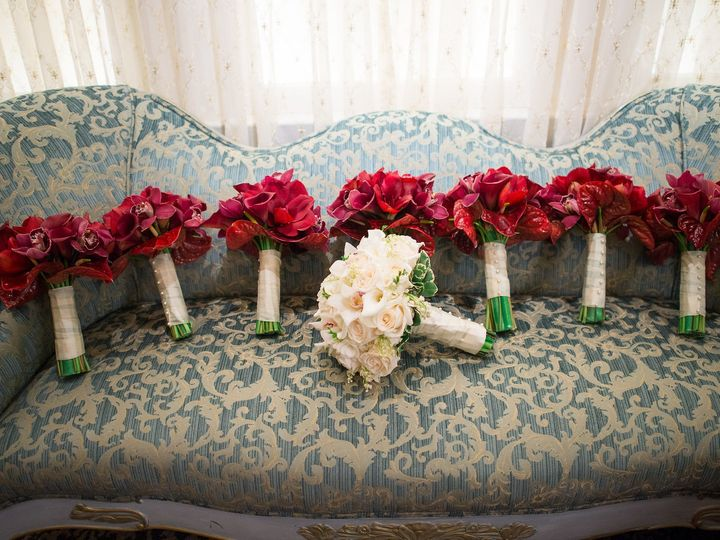 Tmx 1527629321 2b1544fa8fa6b2bf 1527629319 08c7d15e0b378c49 1527629313101 56 KrystalandFrankMa Wayne, NJ wedding florist