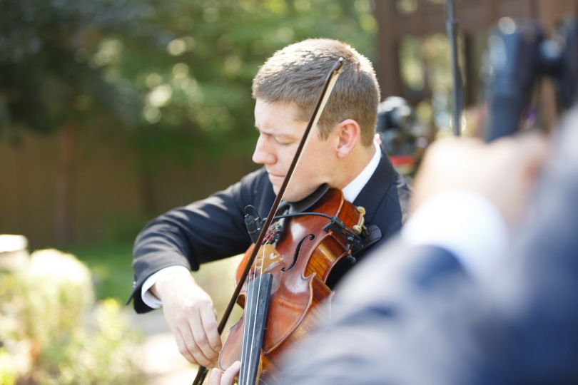Chris Waechter performing for a wedding