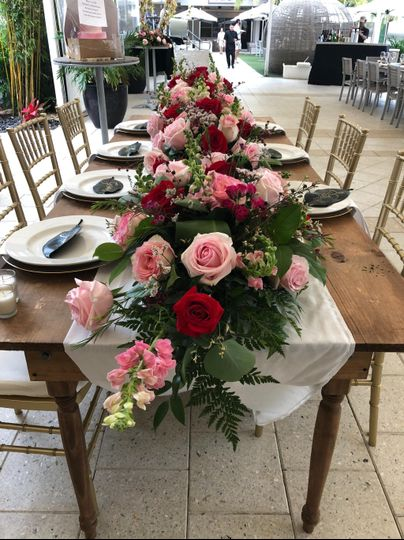 Low table runner