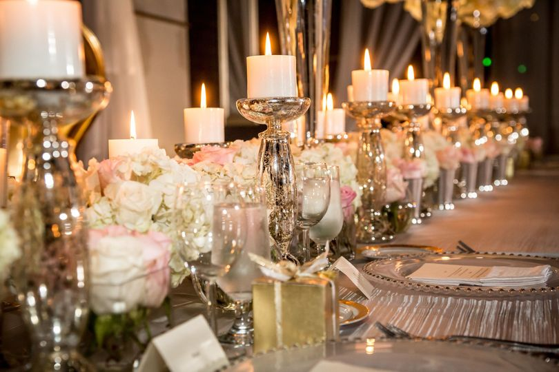 Blush and gold table setting Le Bam Studio wedding design