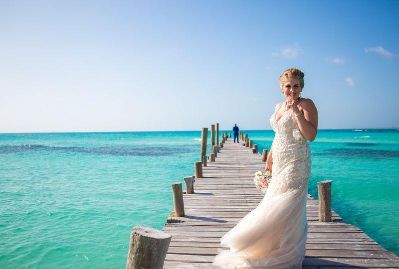 rachel ross beach wedding hyatt ziva cancun 01 15