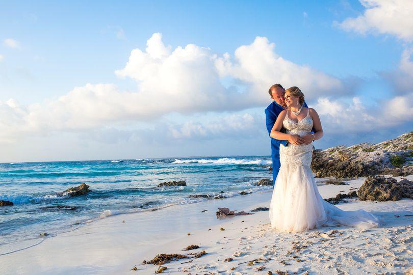 rachel ross beach wedding hyatt ziva cancun 01 27