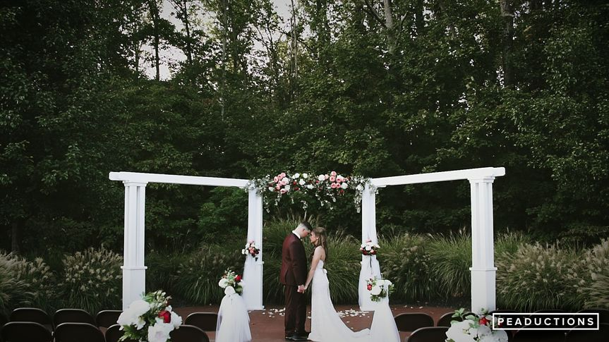 Evansville Indiana Fall Wedding, Discovery Lodge