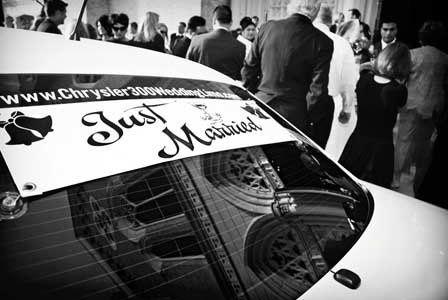Chrysler300Limoweddingsign