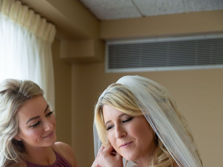 Tmx Alexa Brian Wedding Edit 22 51 137510 157386071713783 Saint Charles, IL wedding beauty