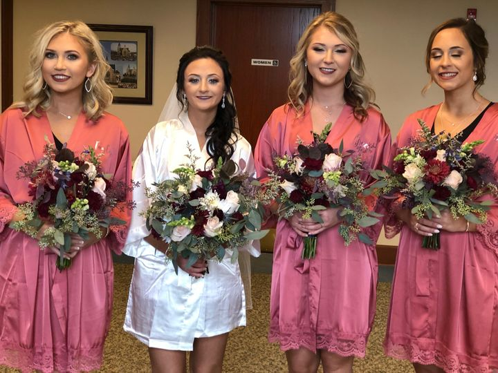 Tmx Img 0986 51 928510 1573667841 Palmyra, Wisconsin wedding florist