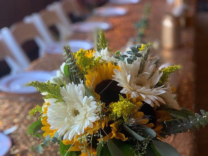 Tmx Img 1053 51 928510 1573667962 Palmyra, Wisconsin wedding florist