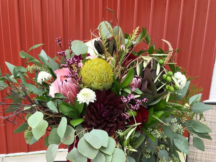 Tmx Img 1069 51 928510 1573669538 Palmyra, Wisconsin wedding florist